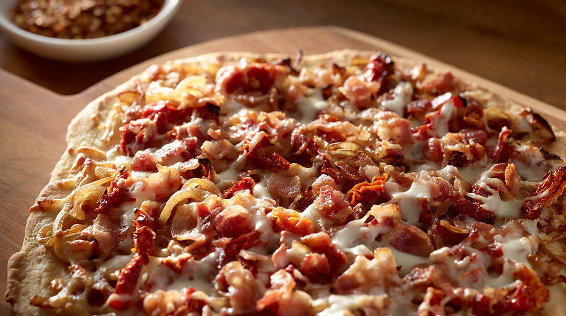 Bacon Onion Pizza